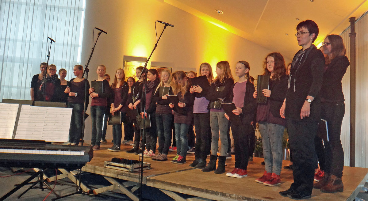 Jugendchor Hollage beim Benefiz-Konzert zu Gunsten der Bürgerstiftung Wallenhorst.